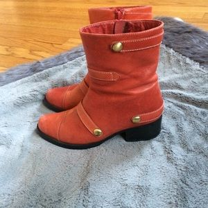 Antelope Ankle Boots Size 6
